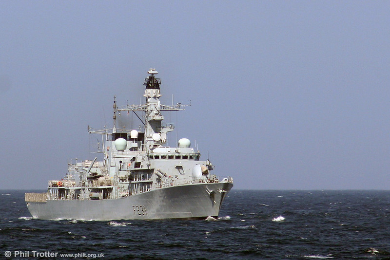 Royal Navy Frigate F231 HMS Argyll heading south in the Irish Sea on 31st July 2006. Commissioned in 1989, the vessel has a displacement of 4200 tons and a maximum speed of 28 knots.