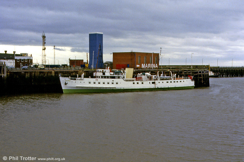 MV Balmoral at Swansea in May 1986. It was widely agreed that this livery did not suit the ship and it later reverted to its historically correct P & A Campbell (White Funnel) colours.
