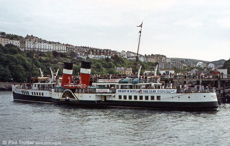 Waverley recreating the long-held tradition of paddle steamers calling at Ilfracombe.