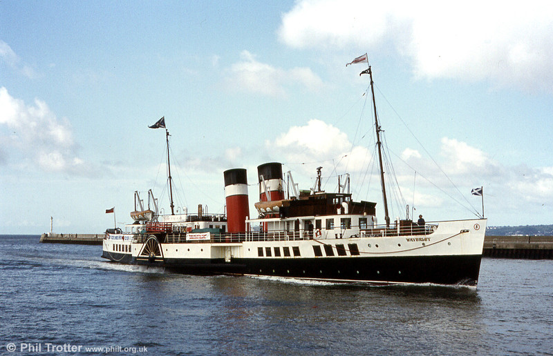 PS Waverley makes a fine sight entering Swansea. 2003 saw the completion of a major restoration project, which returned Waverley to the original 1940s style with which she was built.