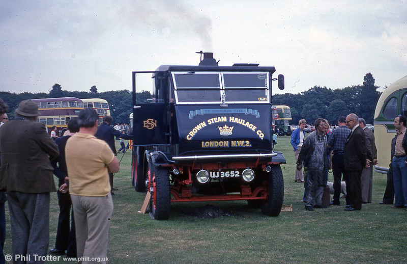 UJ 3652, a unique Sentinel S8 'eight legger' no. 9105 of 1934, draws admiring glances at a bus rally in the early 1980s.