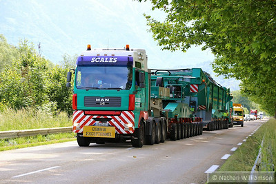 Convoi Exceptionnel at Bourgneut 06/06/14  Watch the video at: http://youtu.be/tGWNaGCy_ls