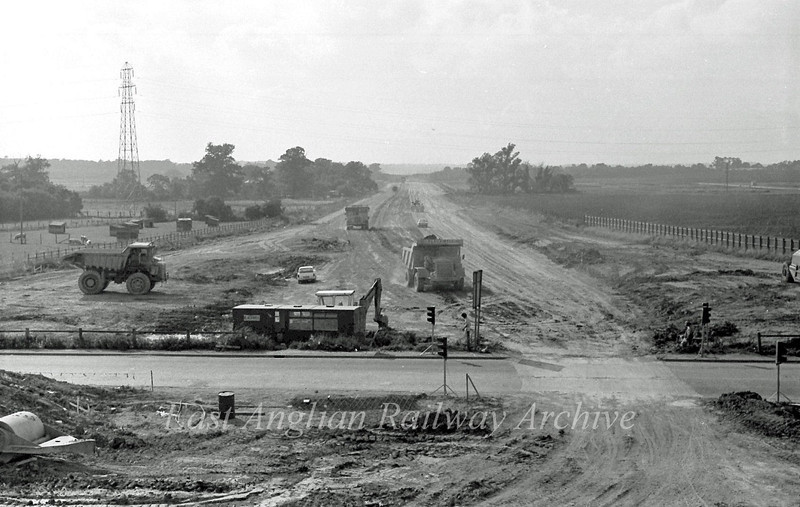 View West from Histon bound flyover.  11th September 1977