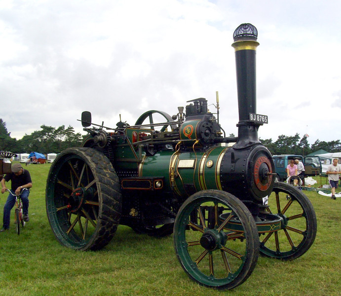 BJ 8765  Sir William. Wallis and Steevens 7nhp expansion traction engine.  Built 1922.