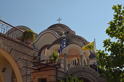 Klostret Archelangou, ny kyrka byggs