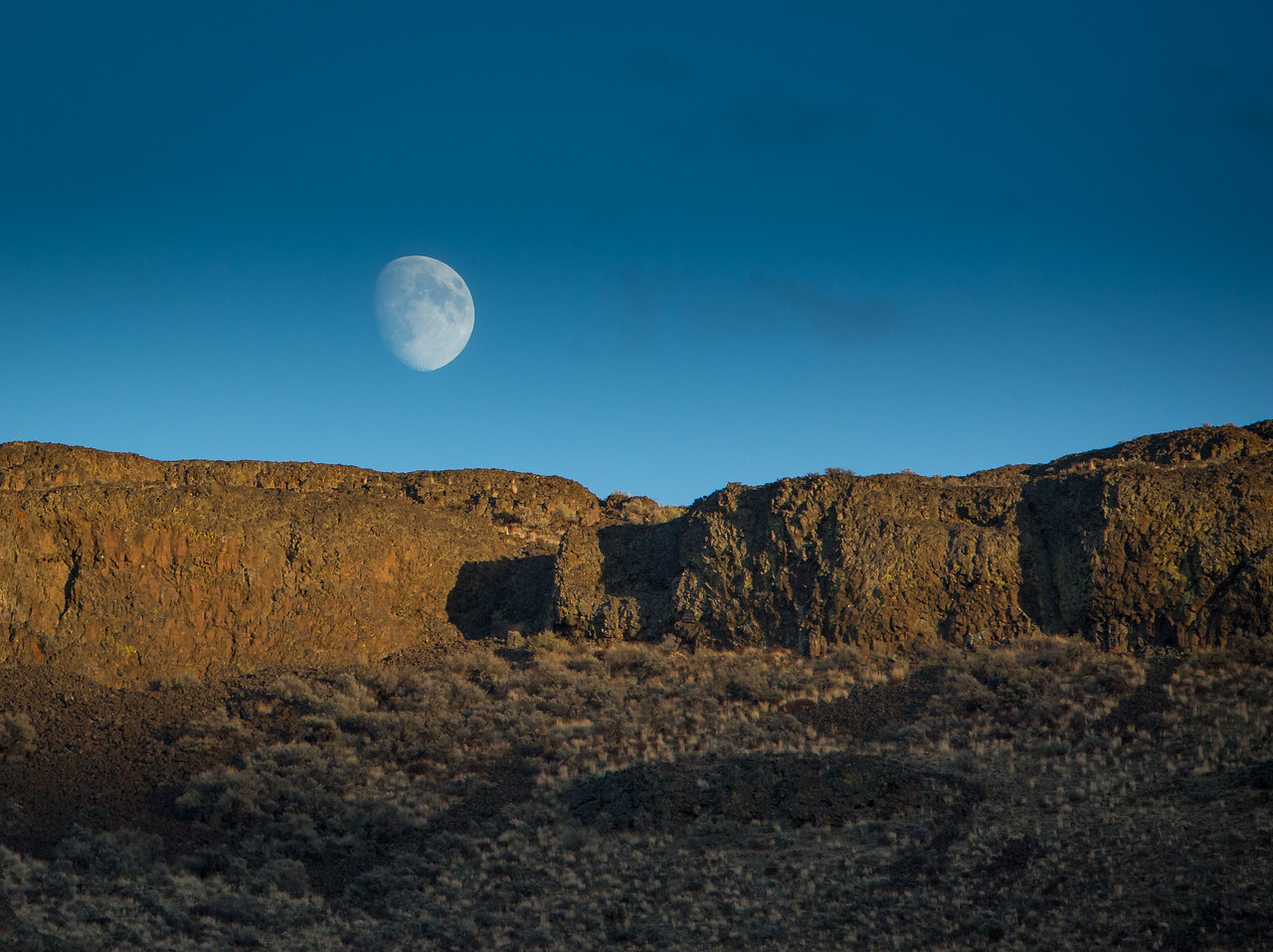 Moonrise over Canyon