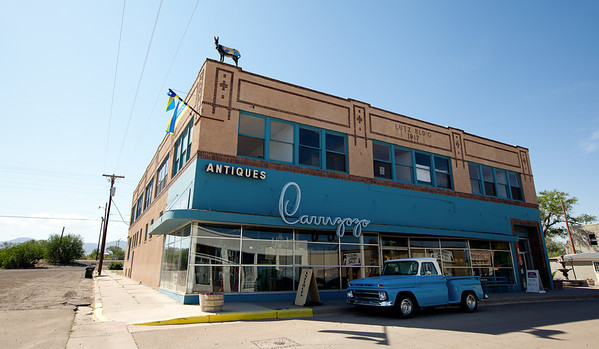 Carrizozo Antiques, NM