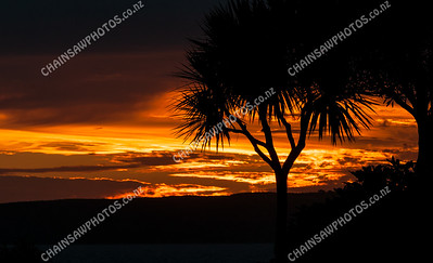 Sunset over Mana Island (3)