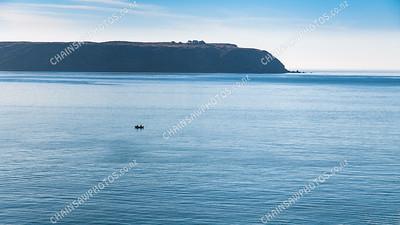 2010-01-28 Mana Island and boat (1)