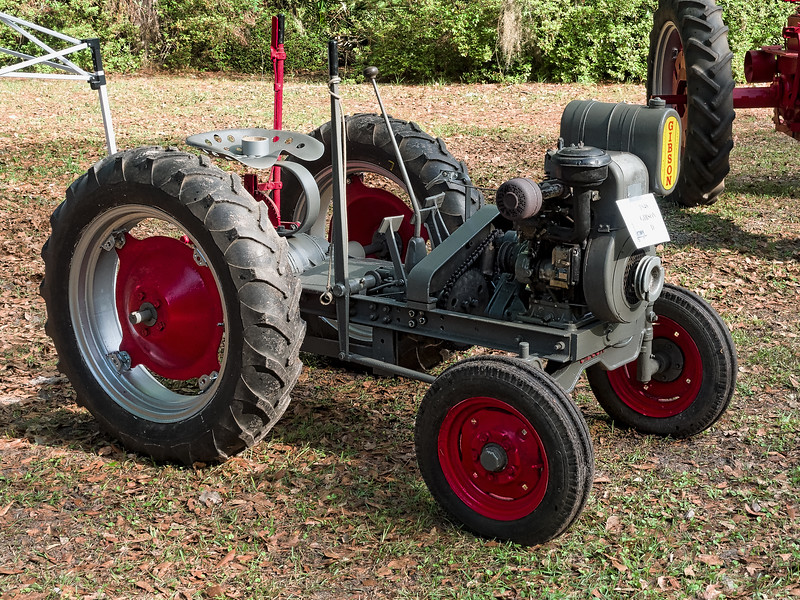 1948 Gibson D Tractor