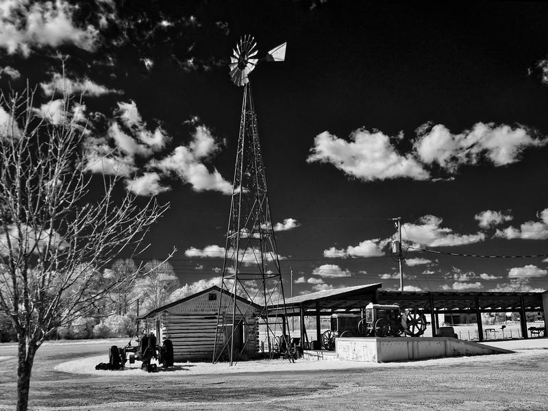 Waldo Florida Windmill and Antques