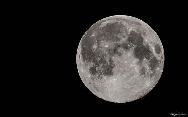 11th August 2014 - Wanning Gibbous - 99% Illuminated
