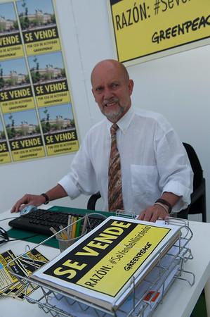 Greenpeace pone en venta el Ministerio de Medio Ambiente