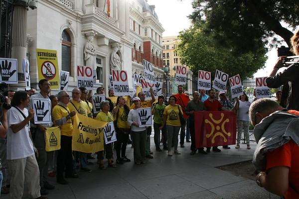 "Actos ""Stop Fracking 2015"""