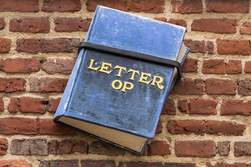 Letter op