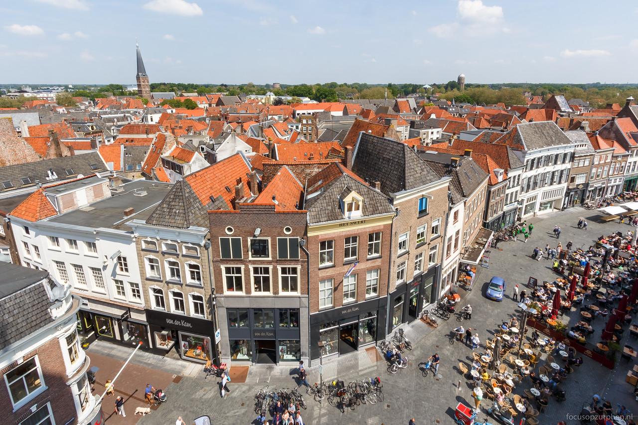 Zutphen gezien vanaf de Wijnhuistoren