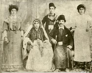 Farah family photo 1910