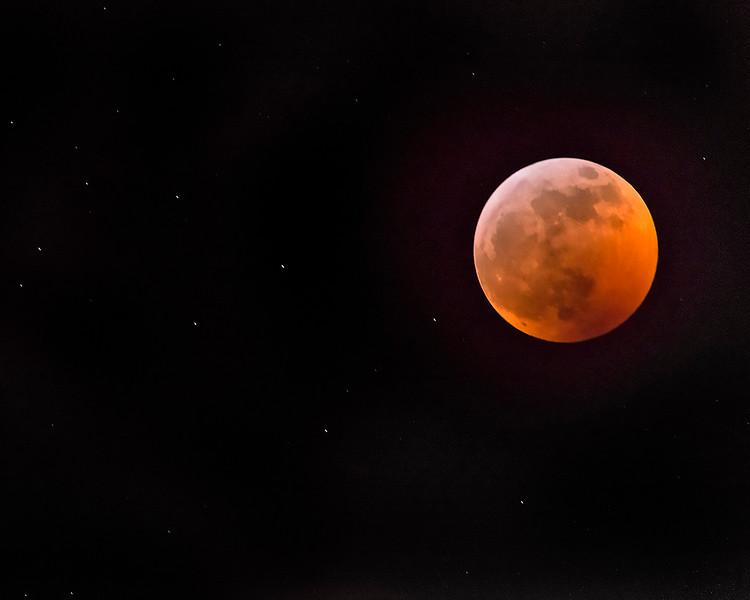"""Blood Moon & Stars"" Total Lunar Eclipse 01-20-19"