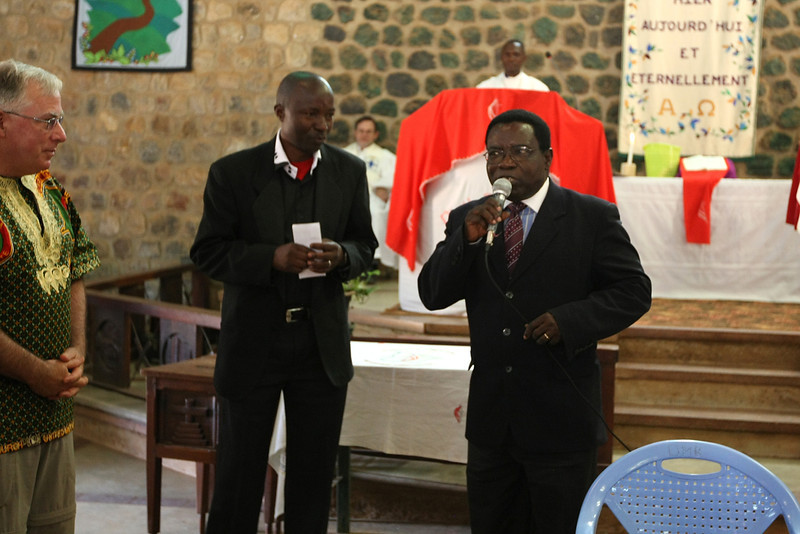 Pastor Kongolo and Dr. Kasap, President of the University