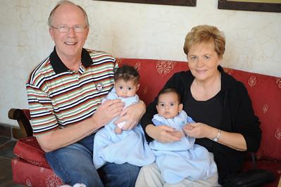 Nana Mary, Papa John, Josi & Otto
