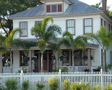 Here is one of the old traditional homes I mentioned in my intro.