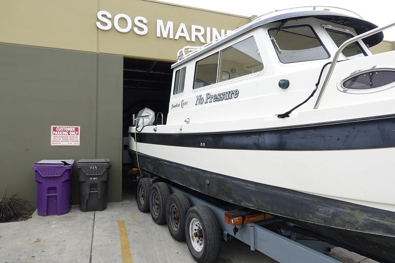 900 hr service at SOS Marine