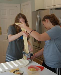 Lydia and Andrea make lasagna
