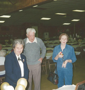 Nov1995_Lorraine, Bill and Betty