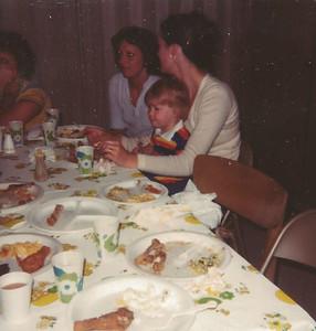 Jun1980_Kay, Tammy and Nancy Jo