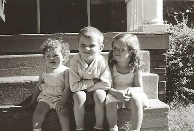 Jul1951_Kathy, Tommy and Linda