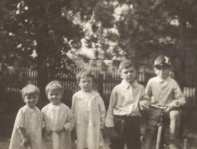Clara, Margery, Flora, Thomas and Boye