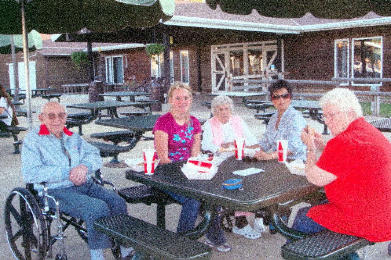 Wibaux County Nursing Home at the Medora Musical: 8/20/10 ...