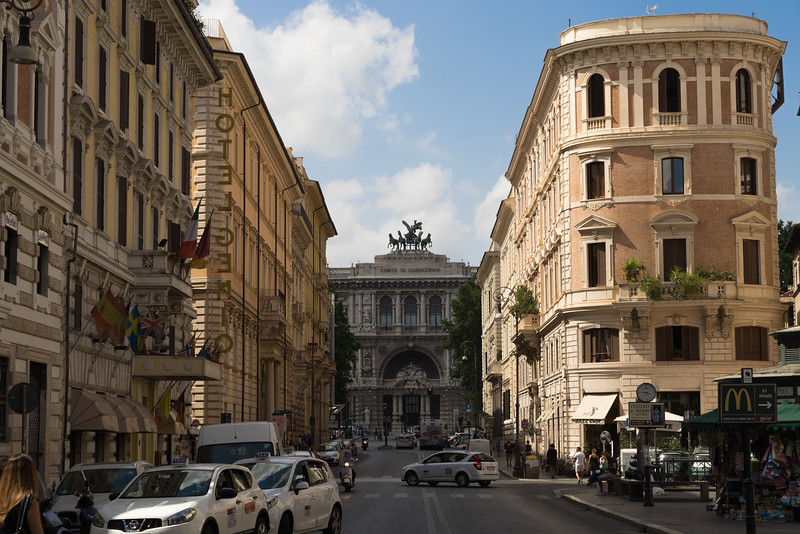 Streets of Roma
