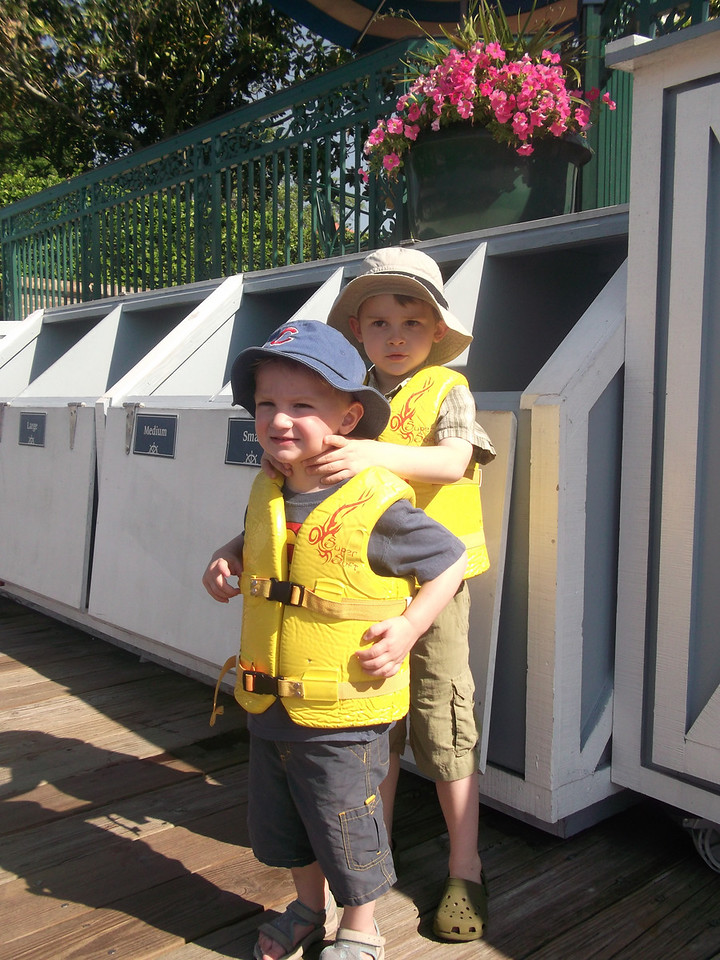 We decided to rent a little boat for an hour - the boys were pleased with their life-jackets
