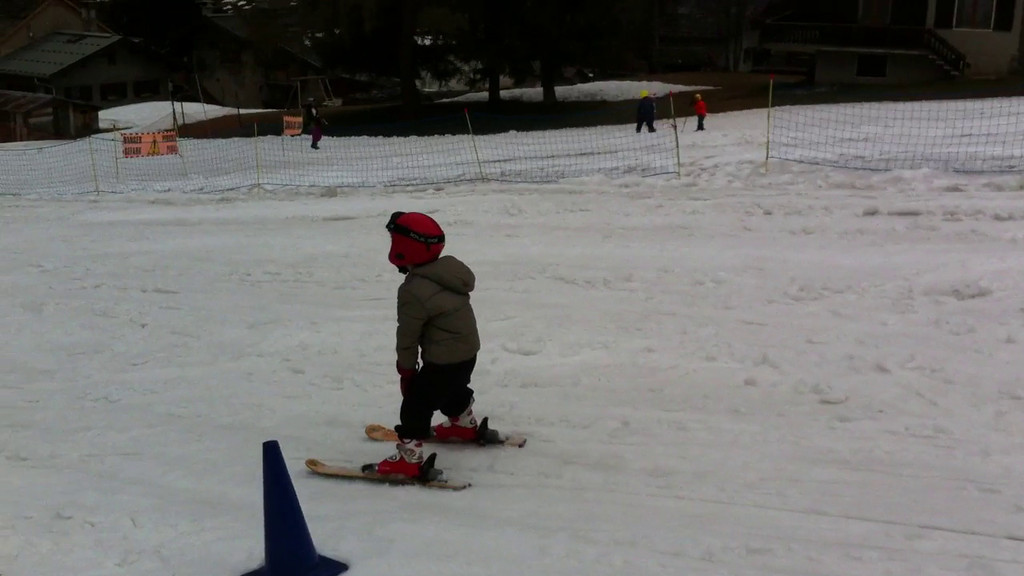 030 Danny Skiing 3