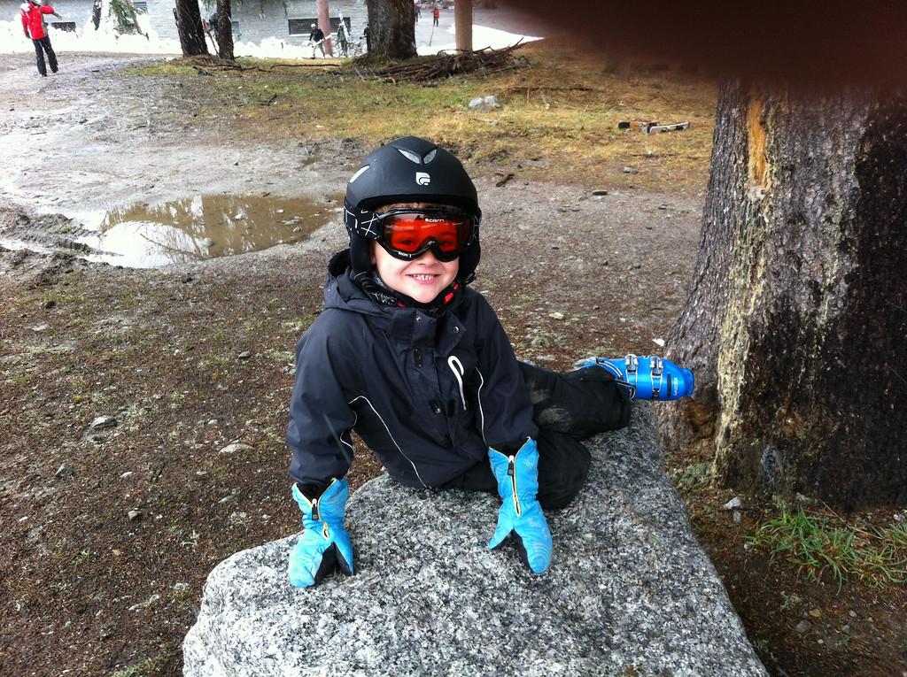036 Ready for Ski School