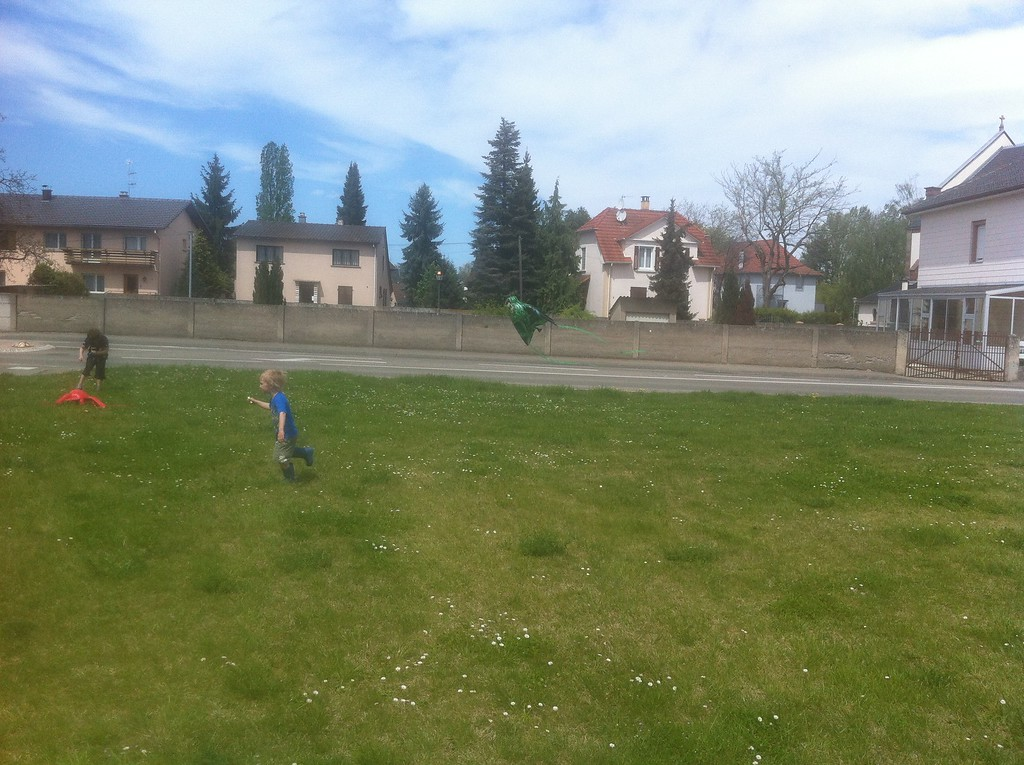 087 D Flying his Kite