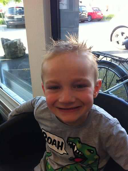 036 Haircut