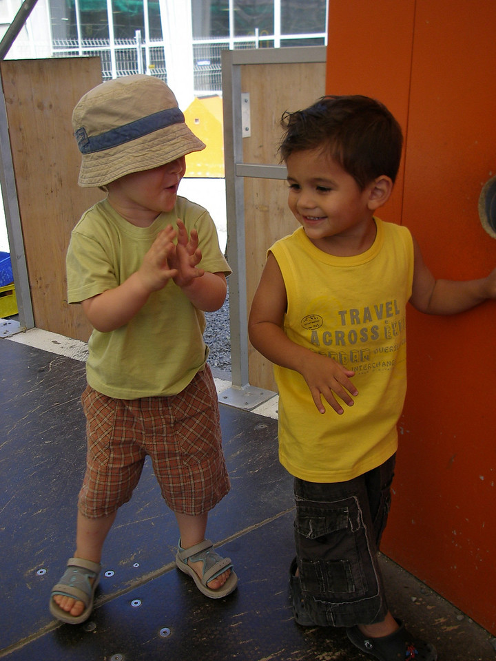My camera broke when we visited the transport museum last month, but Danielle took some great photos fortunately. Jack & Samuel had a really nice day together