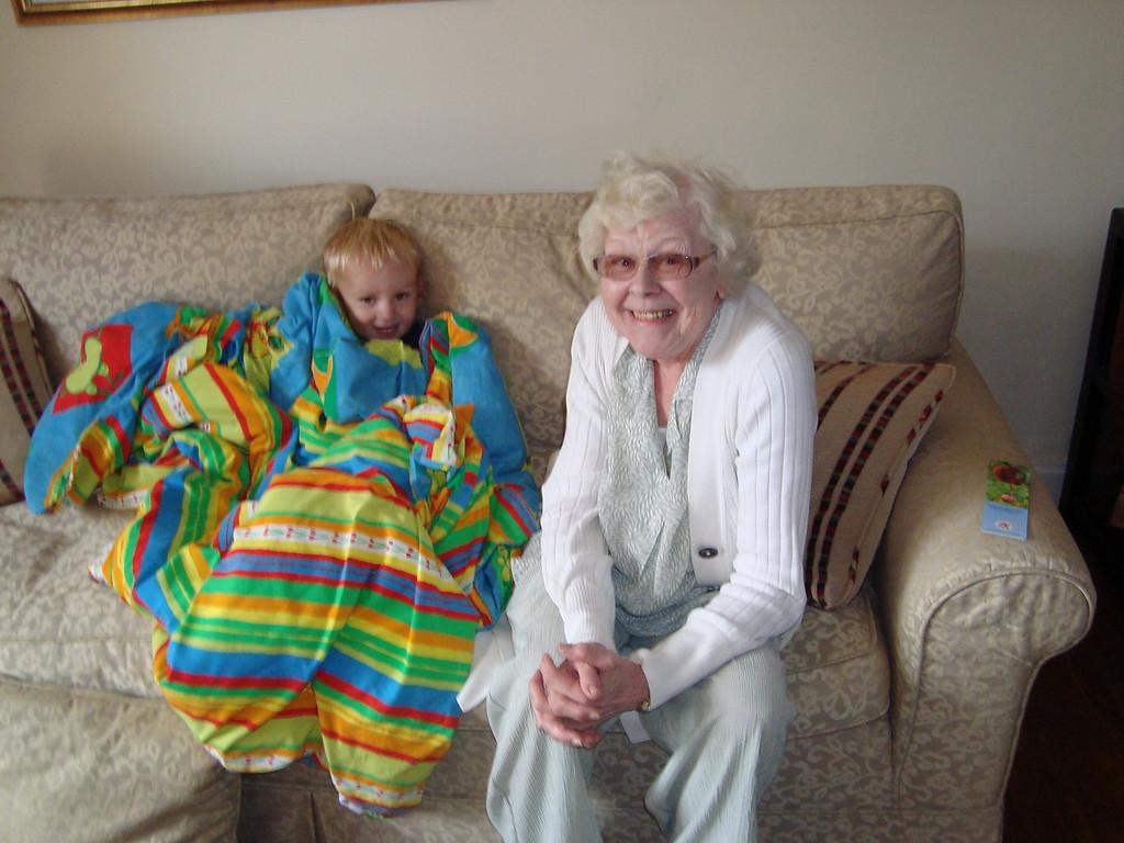 041 Snugglebug & Grandma