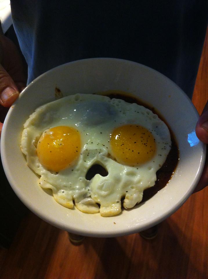 032 Pirate Breakfast