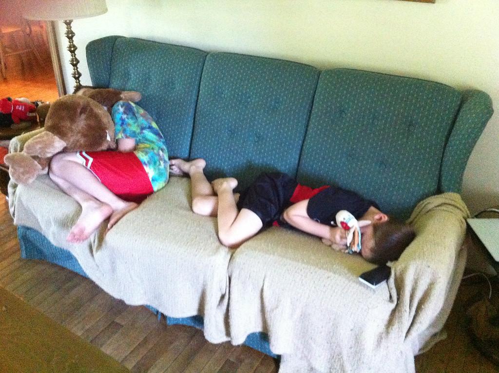 002 Tired Cousins
