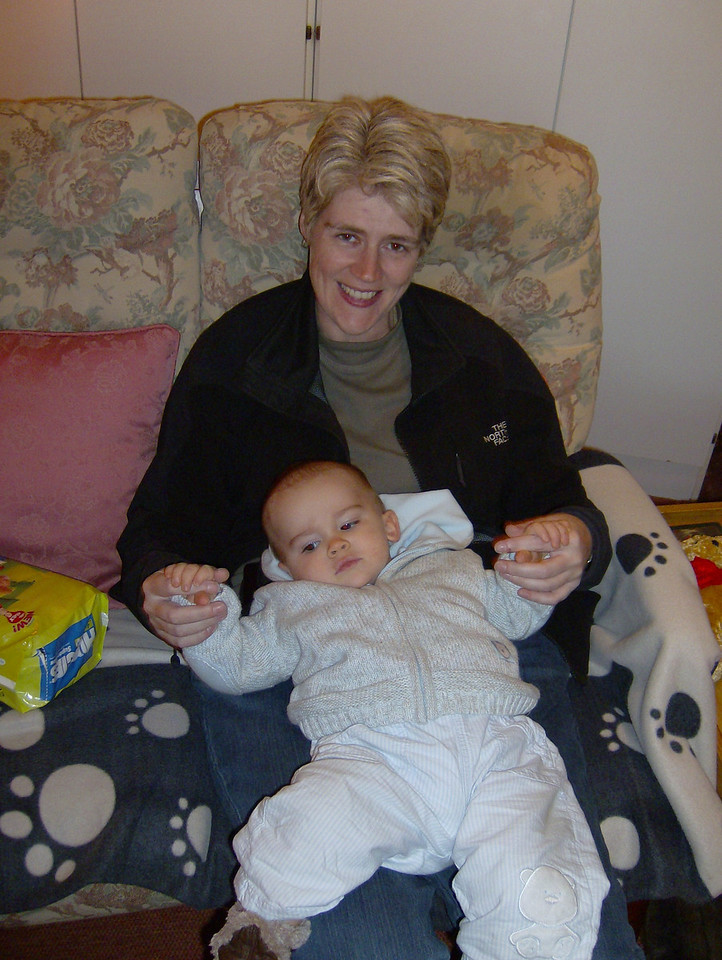 030 Relaxing with Auntie Kate