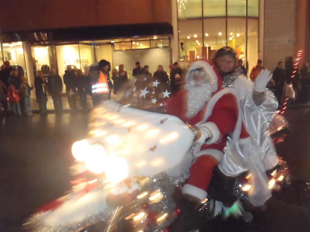 030 Santas on Harleys