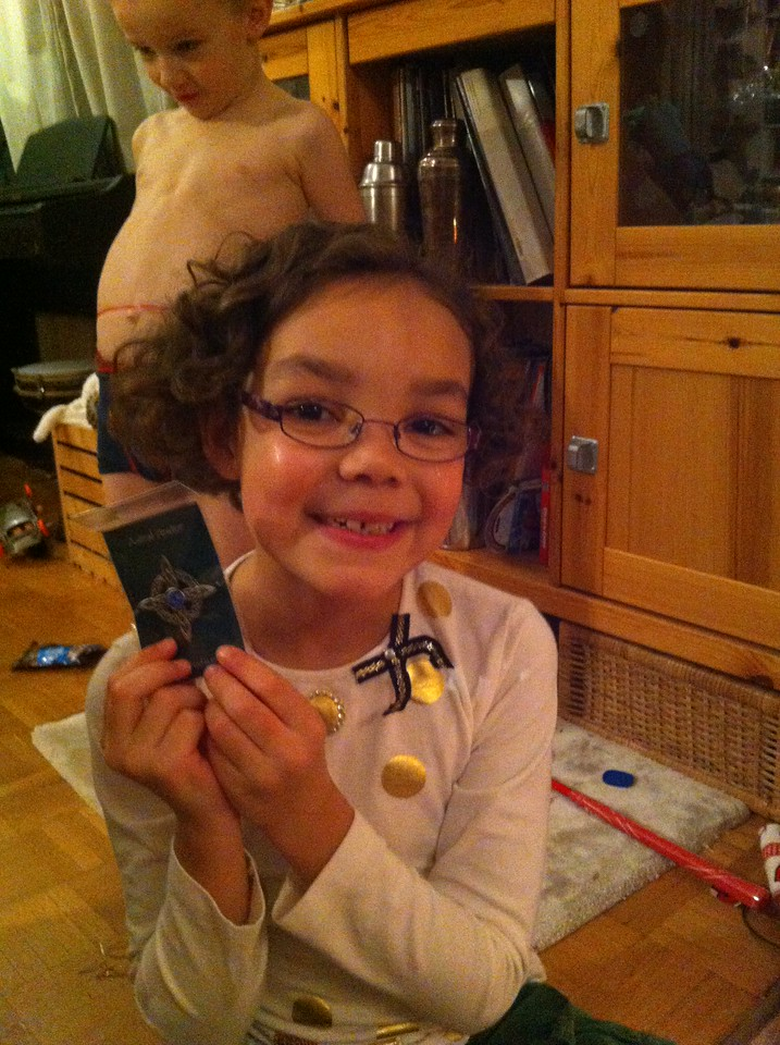 We got this brooch for Kaili for her highland dancing outfit & she was thrilled: yay!