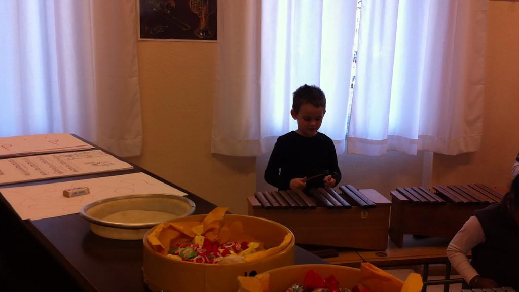 Fa, Sol, La on the xylophone ...