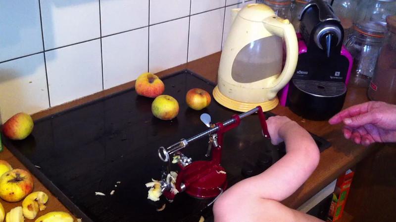 021 Apple Coring