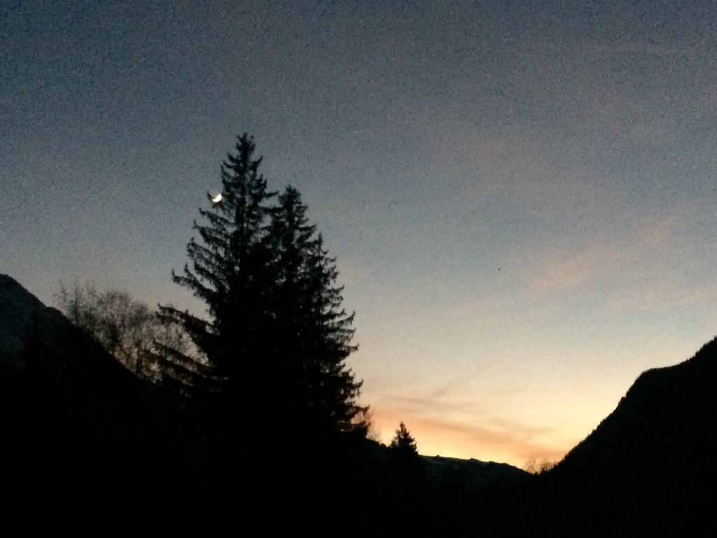 124 Goodnight Chamonix