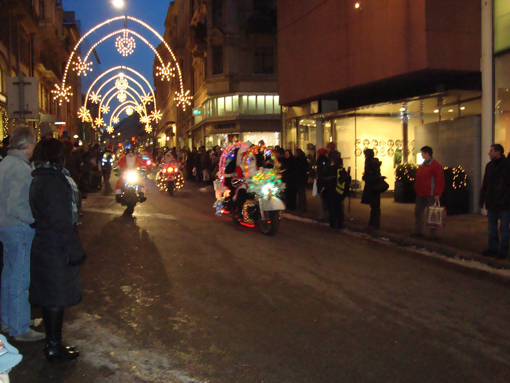 020 Santas on Harleys