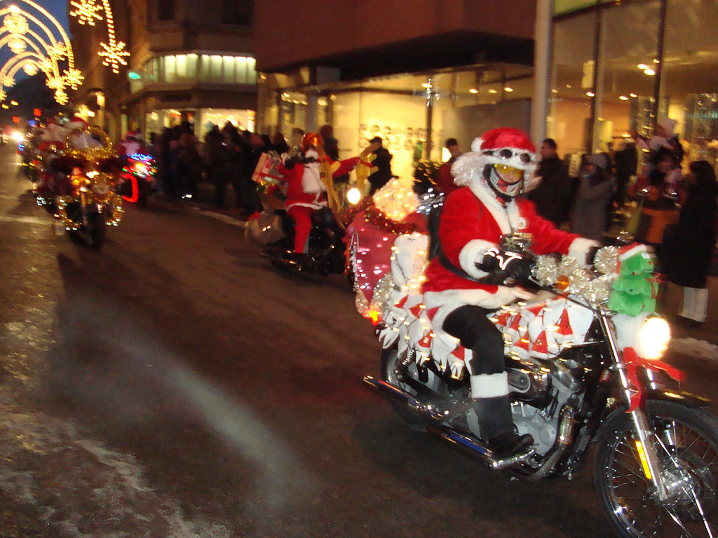019 Santas on Harleys